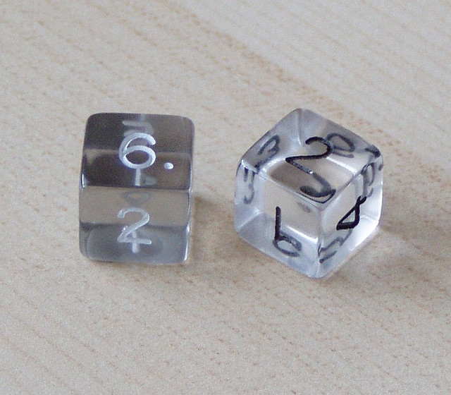 """""""Two Clear Dice"""" : Image by fyuryu"""