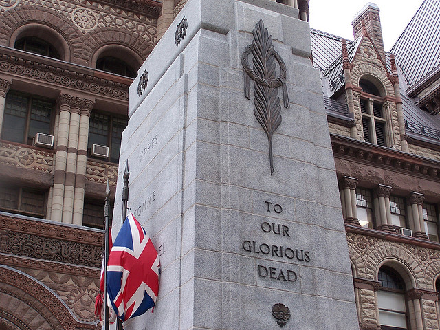 Cenotaph at Old City Hall in Toronto Ontario. Image by Wanda G (Wanda Gould) under CC license.