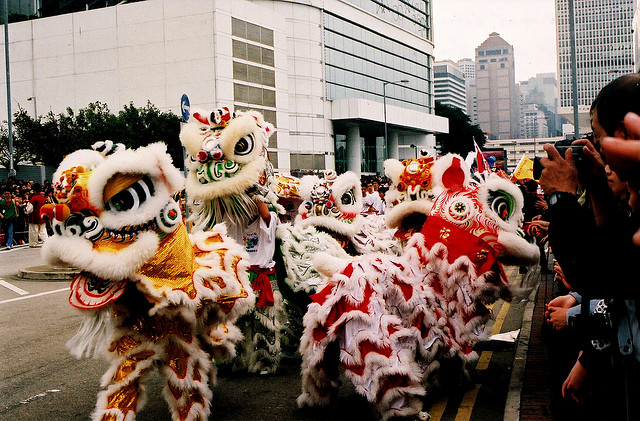 """Chinese Lion Dance for Chinese New Year 2009"" image by Maureen Didde under CC license"